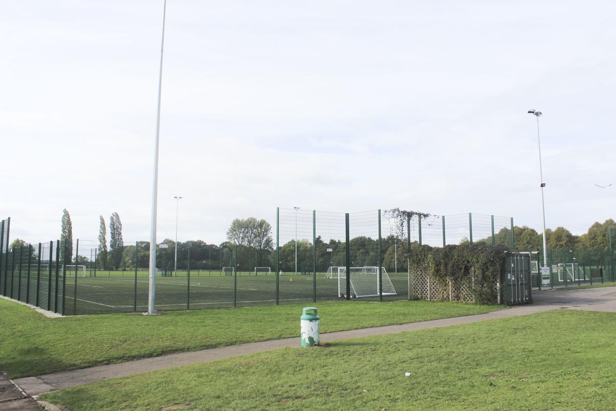 3G Football Pitch - The Mountbatten School - Hampshire - 2 - SchoolHire