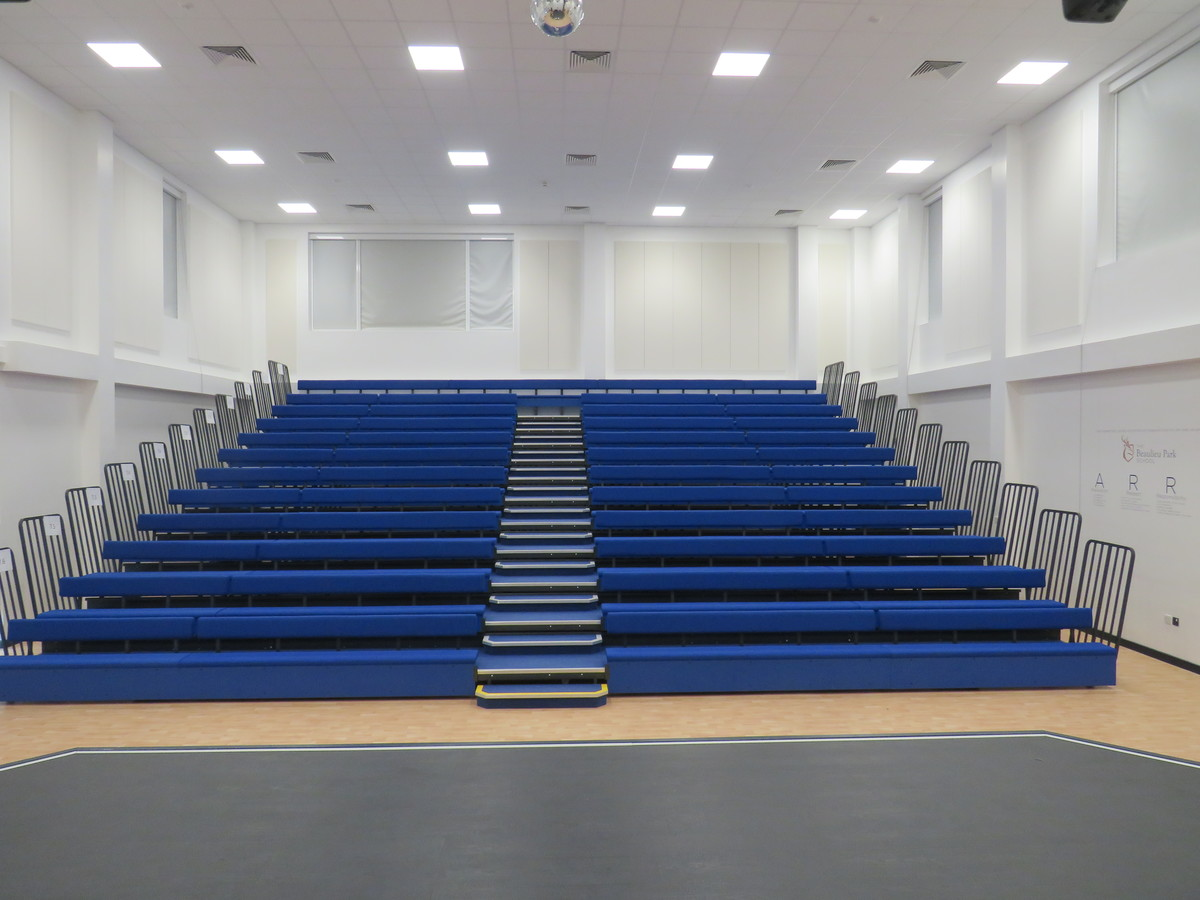 Assembly Hall - The Beaulieu Park School - Essex - 4 - SchoolHire