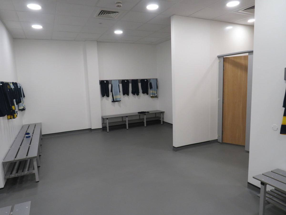 Changing Rooms - Large - The Beaulieu Park School - Essex - 1 - SchoolHire