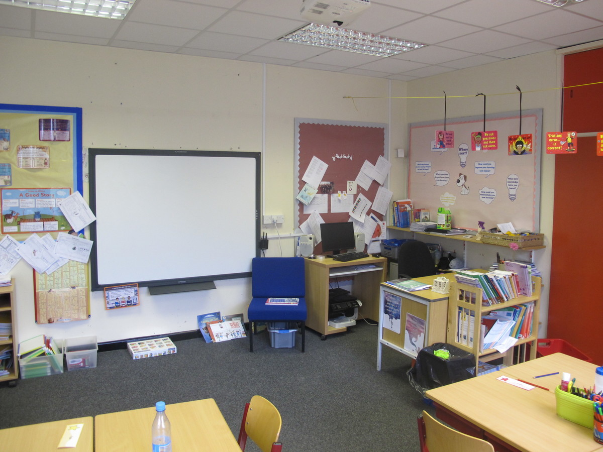 Classrooms - Senior - St Edward's Preparatory  - Gloucestershire - 3 - SchoolHire