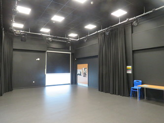 Drama Studio - The Beaulieu Park School - Essex - 2 - SchoolHire