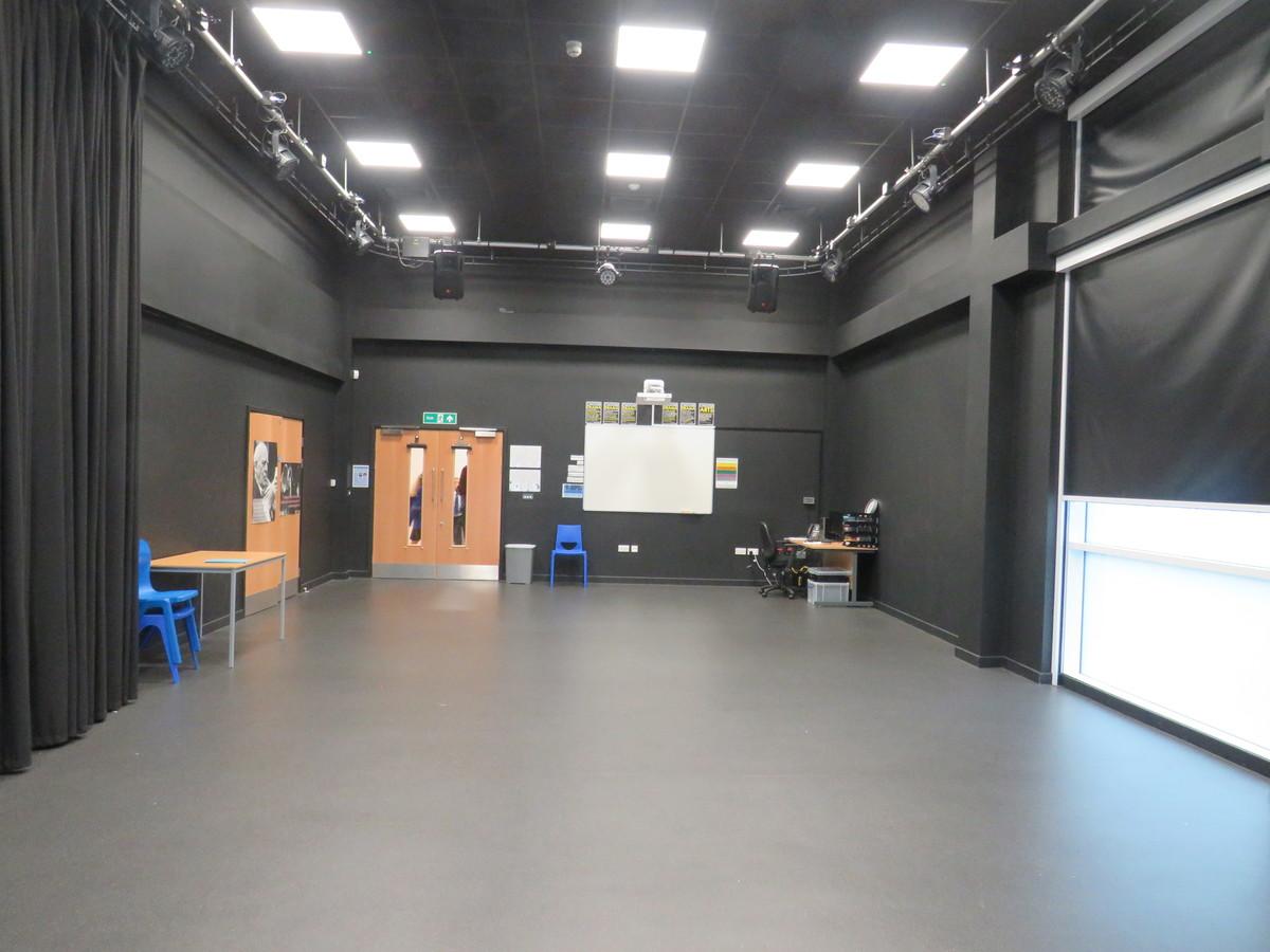 Drama Studio - The Beaulieu Park School - Essex - 3 - SchoolHire