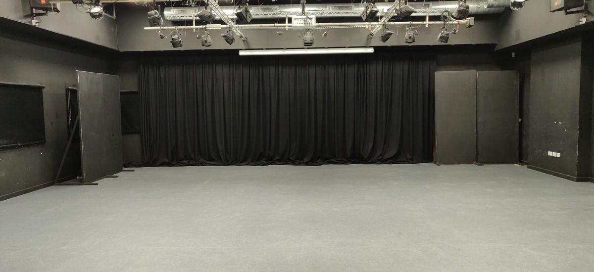 Drama Studio  - SLS @ Darrick Wood School - Bromley - 2 - SchoolHire