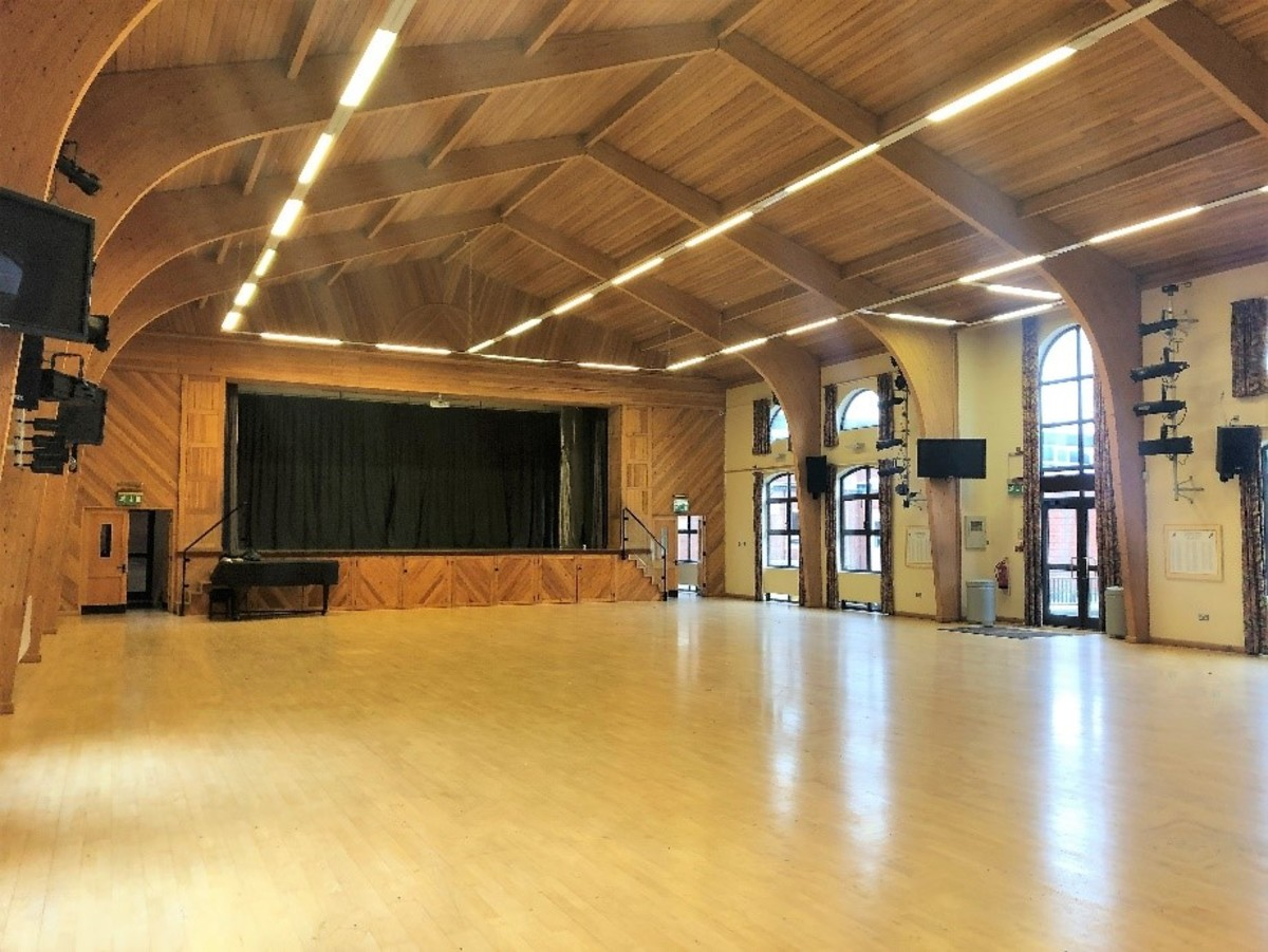 Main Hall  - SLS @ Darrick Wood School - Bromley - 4 - SchoolHire