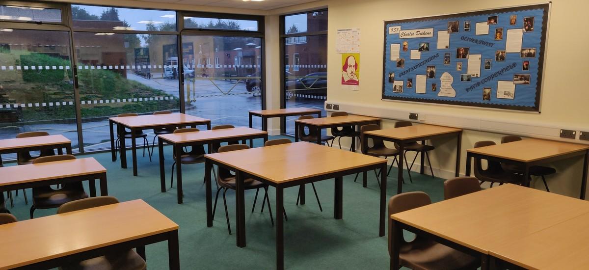 Classroom - SLS @ Darrick Wood School - Bromley - 4 - SchoolHire