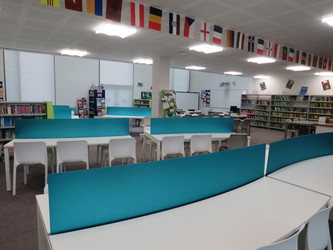 Library - Drapers' Academy - Havering - 1 - SchoolHire