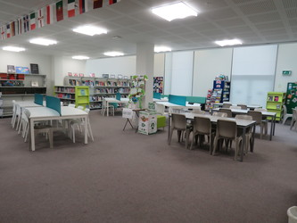 Library - Drapers' Academy - Havering - 2 - SchoolHire