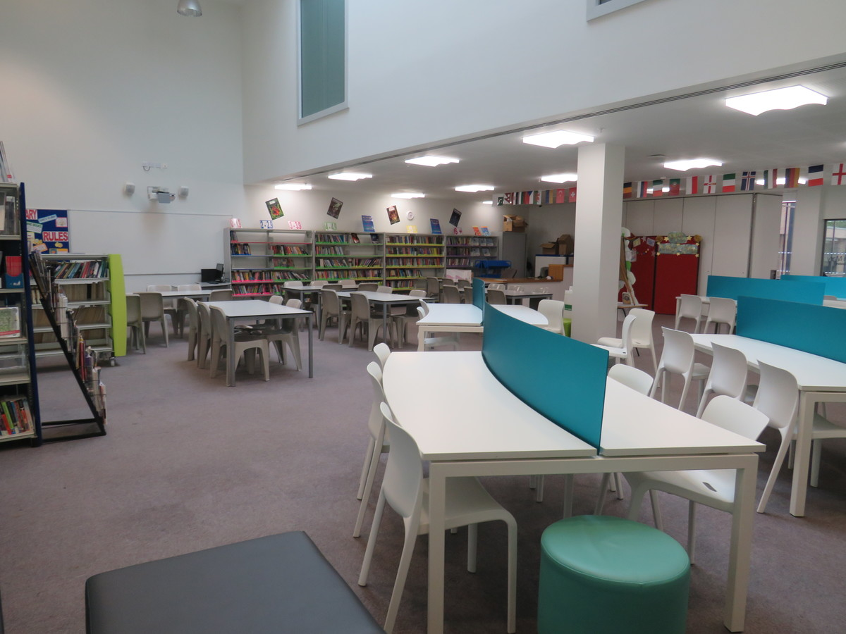 Library - Drapers' Academy - Havering - 4 - SchoolHire