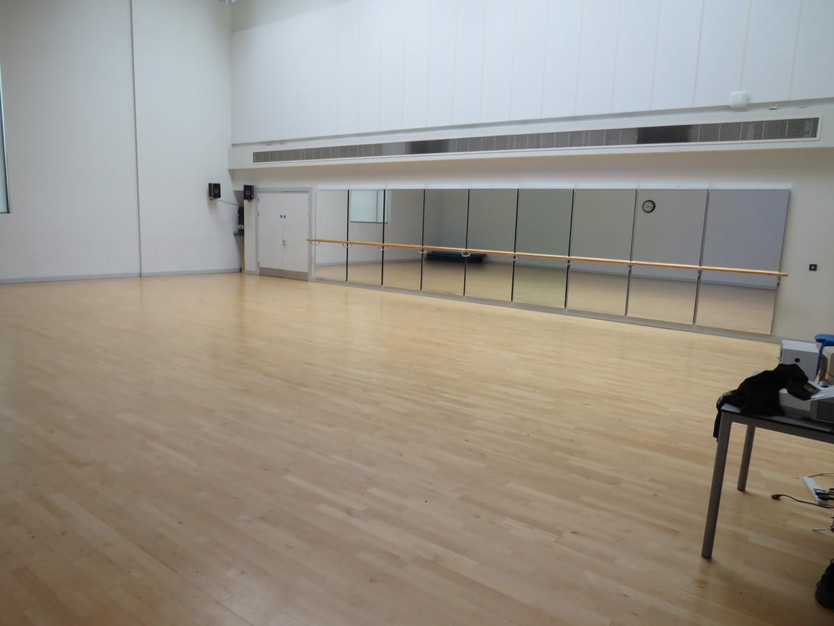 Activity Studio - Drapers' Academy - Havering - 2 - SchoolHire