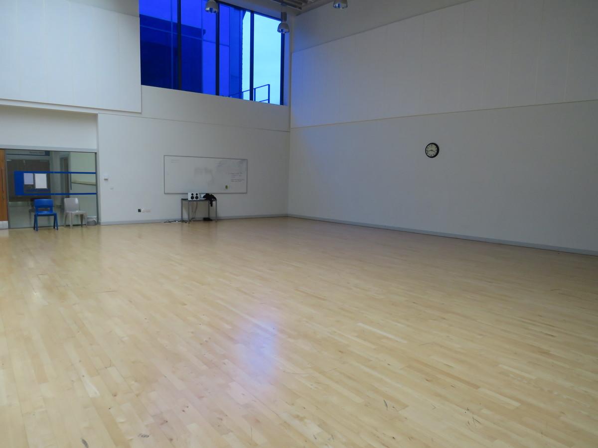 Activity Studio - Drapers' Academy - Havering - 4 - SchoolHire
