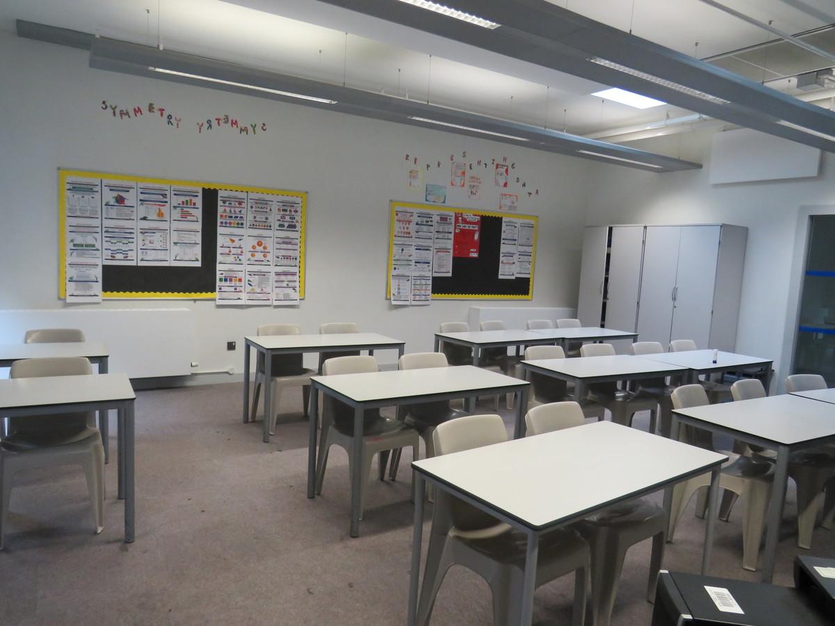 Classrooms - Drapers' Academy - Havering - 1 - SchoolHire