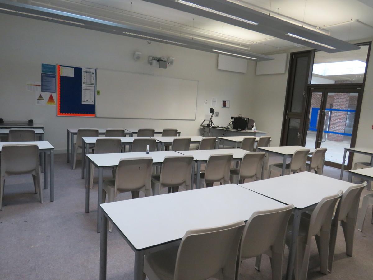 Classrooms - Drapers' Academy - Havering - 3 - SchoolHire