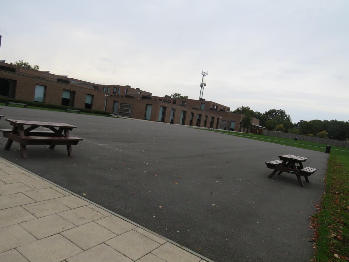 Recreational Area - Drapers' Academy - Havering - 2 - SchoolHire