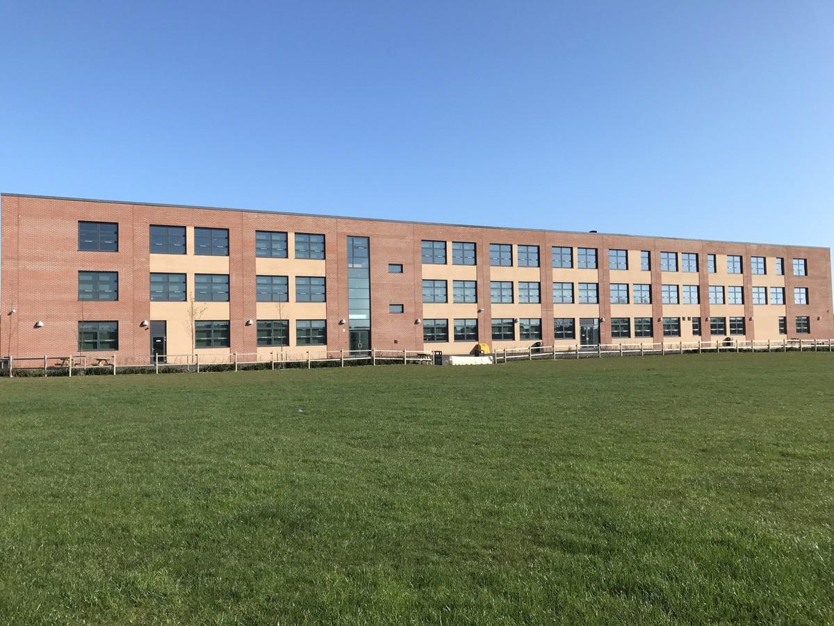 Manor Academy Community Zone - Hartlepool - 1 - SchoolHire