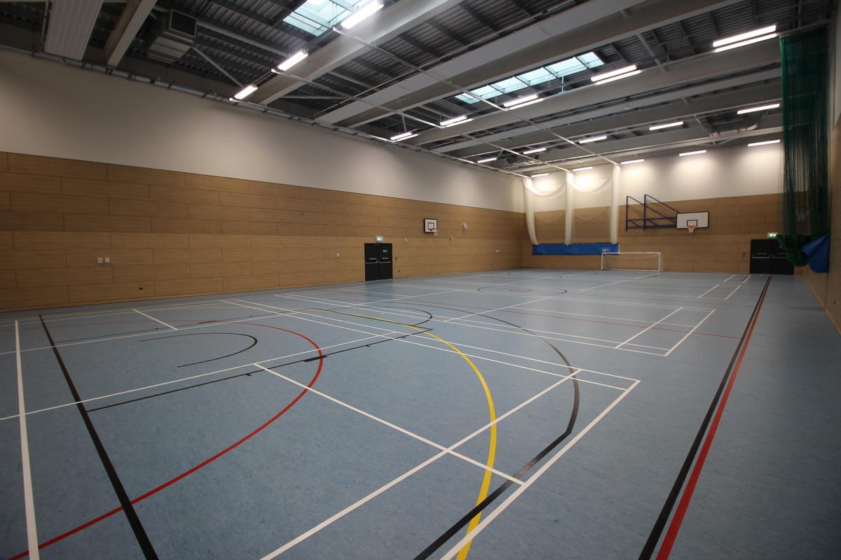 Sports Hall - SLS @ Upton Court Grammar School - Slough - 1 - SchoolHire