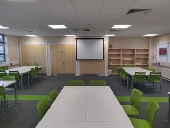 Double Classroom - SLS @ Upton Court Grammar School - Slough - 4 - SchoolHire