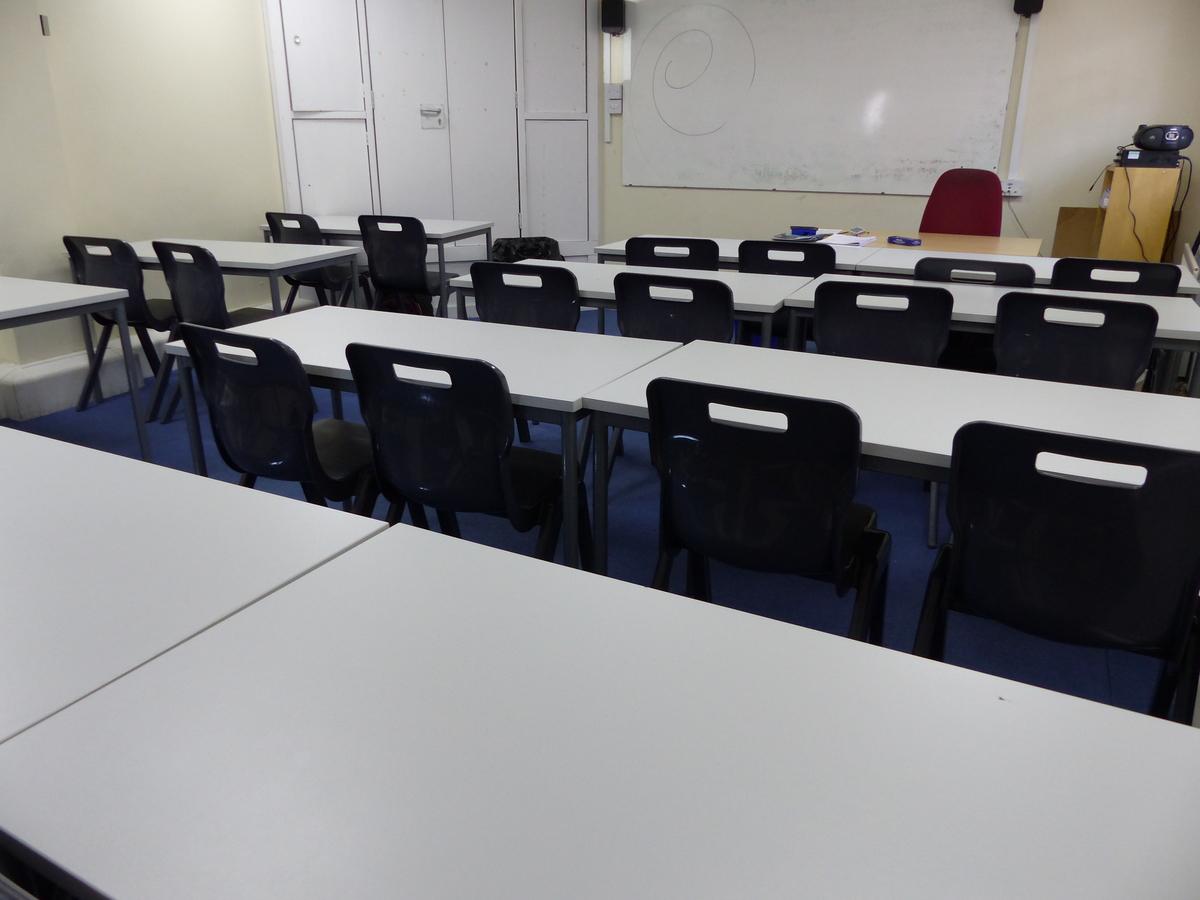 Standard Classroom - Haberdashers' Adams - Telford and Wrekin - 4 - SchoolHire