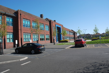 Dyke House Sports & Technology College - Hartlepool - 3 - SchoolHire