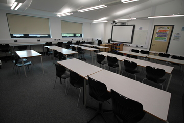 Classroom  - SLS @ Tile Cross Academy - Birmingham - 1 - SchoolHire