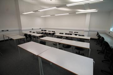 Classroom  - SLS @ Tile Cross Academy - Birmingham - 2 - SchoolHire