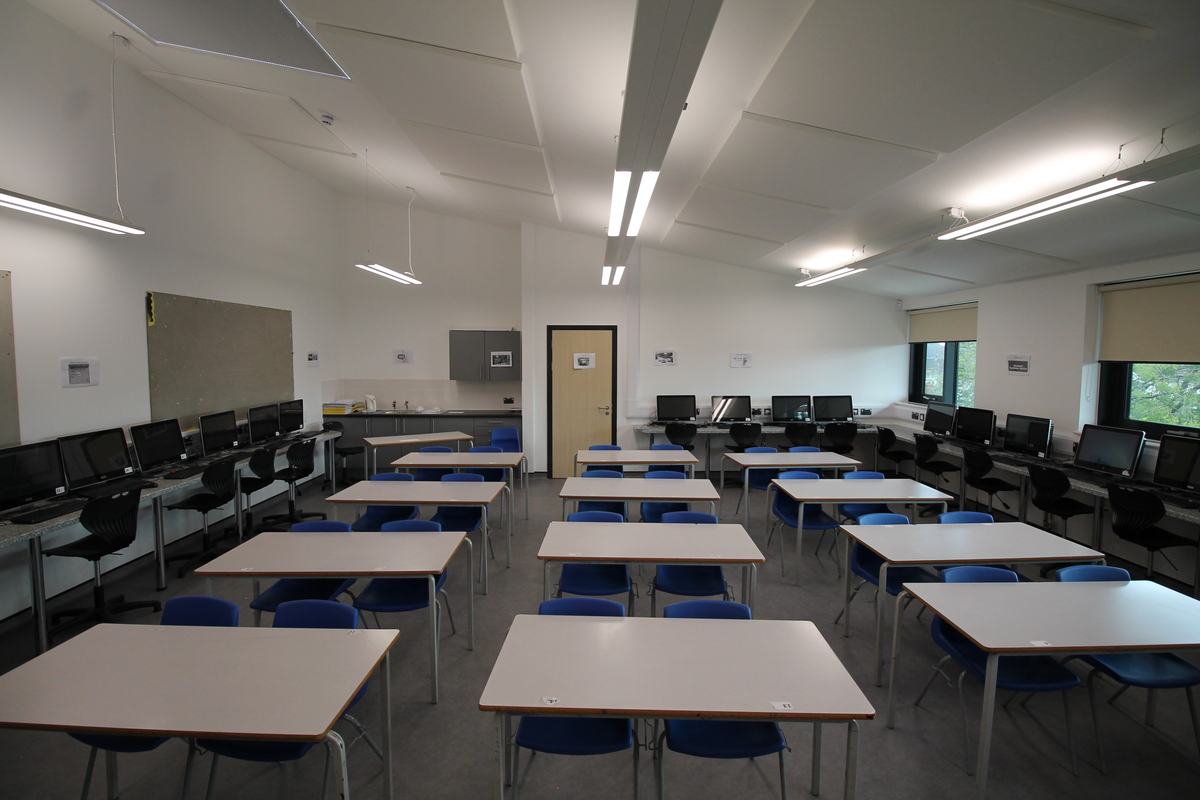 Multi-Purpose Room - SLS @ Tile Cross Academy - Birmingham - 2 - SchoolHire