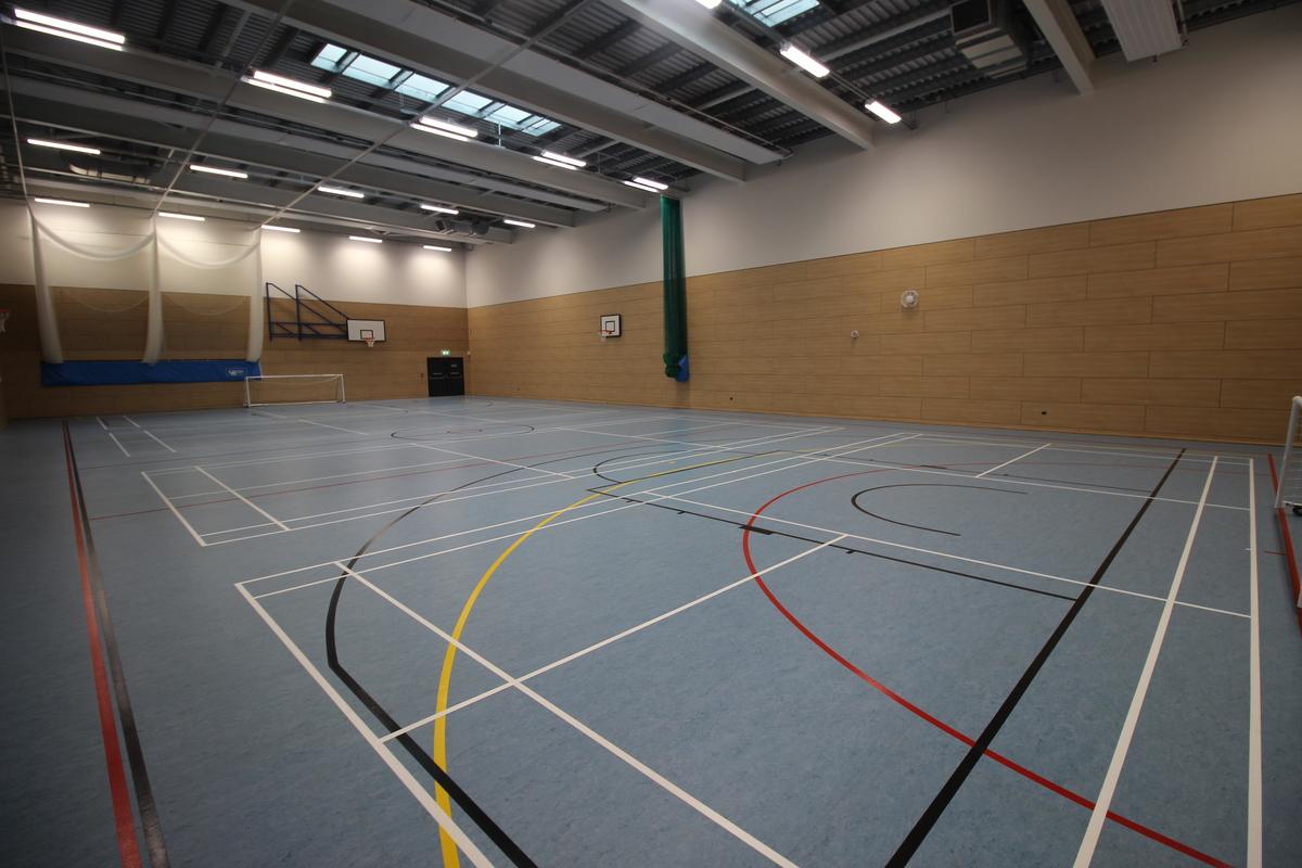 Sports Hall - SLS @ Upton Court Grammar School - Slough - 4 - SchoolHire