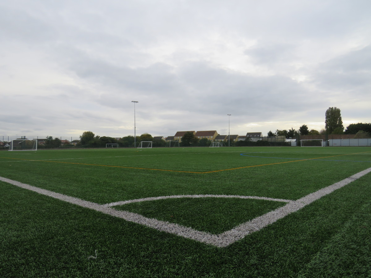 Astro Turf Pitch 3 (1/3) END PITCH - Kingsdown School - Swindon - 4 - SchoolHire