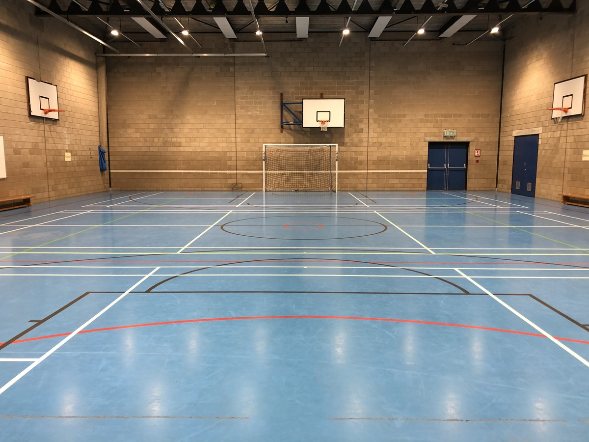 Sports Hall - Linton Sports Centre - Cambridgeshire - 4 - SchoolHire
