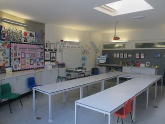 Art Room - Elms School - Kent - 4 - SchoolHire