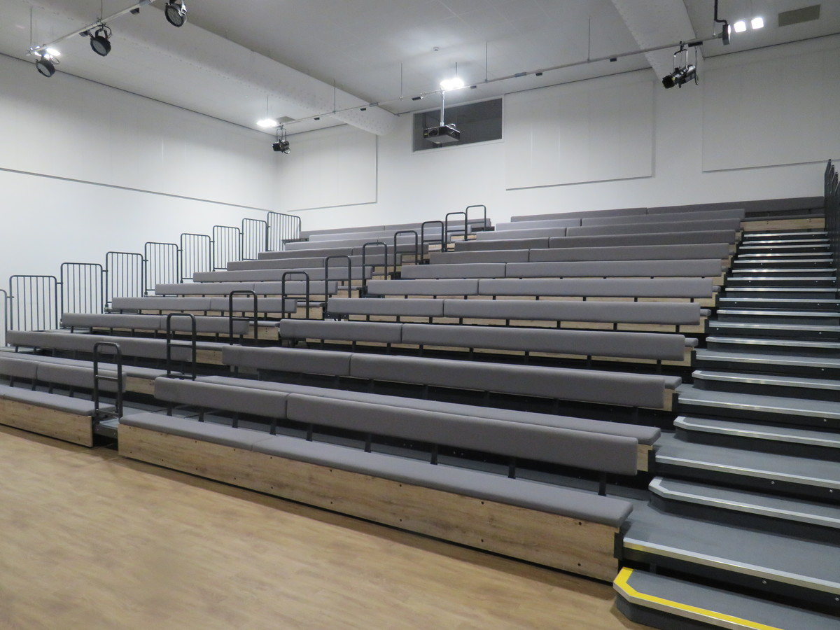 Main Hall - Chertsey High School - Surrey - 2 - SchoolHire