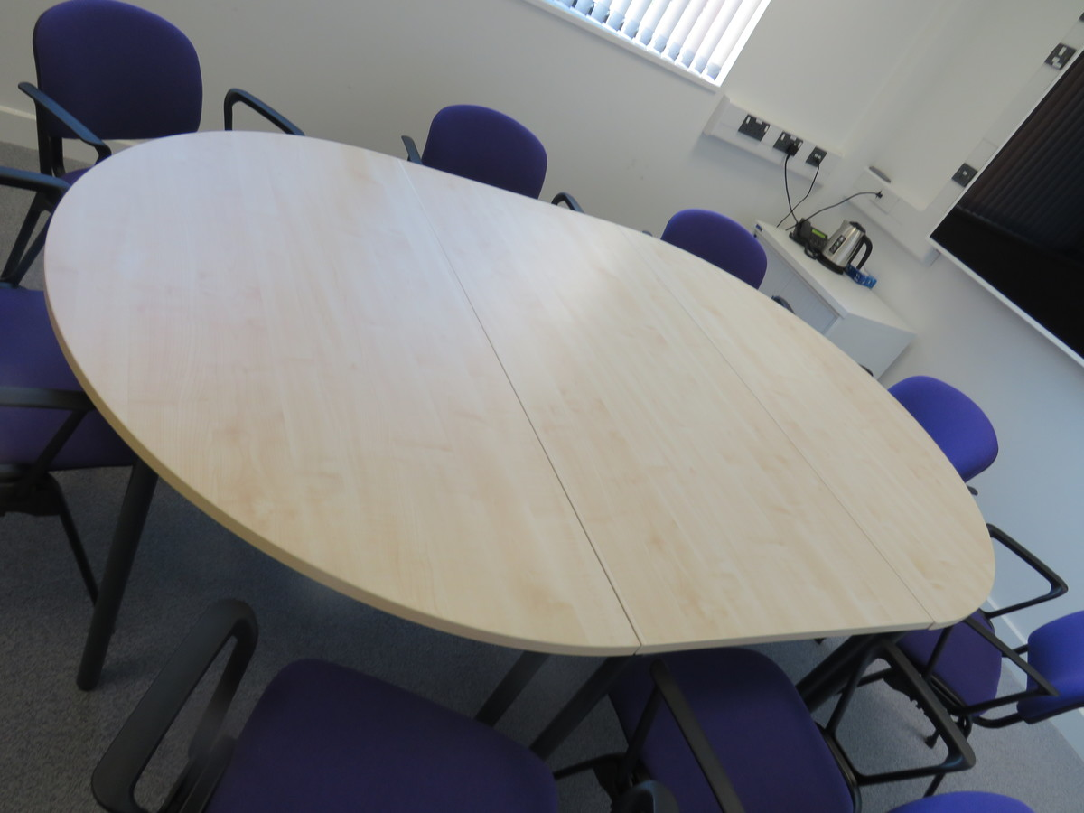 Meeting Room - Chertsey High School - Surrey - 3 - SchoolHire