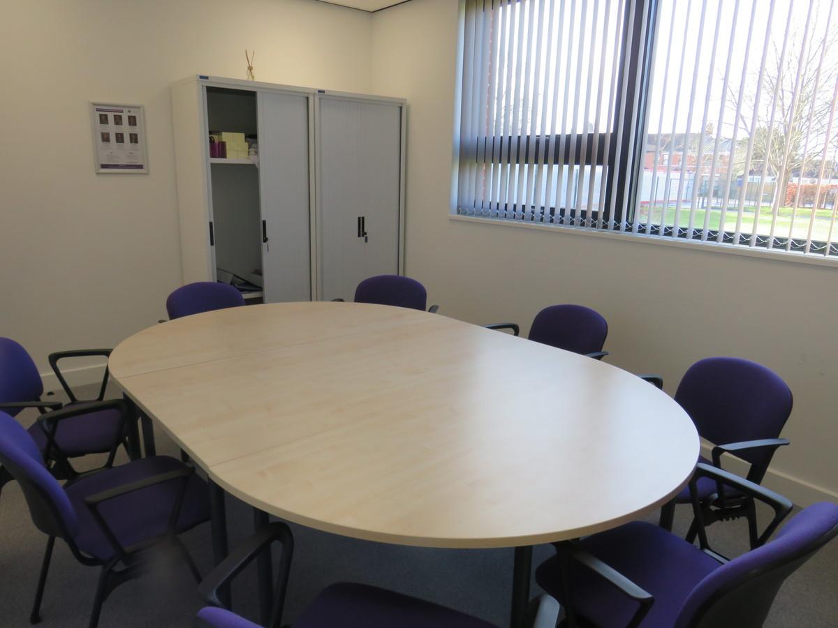 Meeting Room - Chertsey High School - Surrey - 4 - SchoolHire