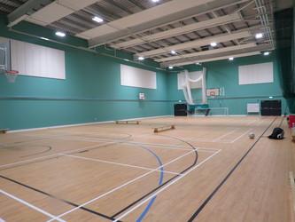 Sports Hall - Chertsey High School - Surrey - 4 - SchoolHire