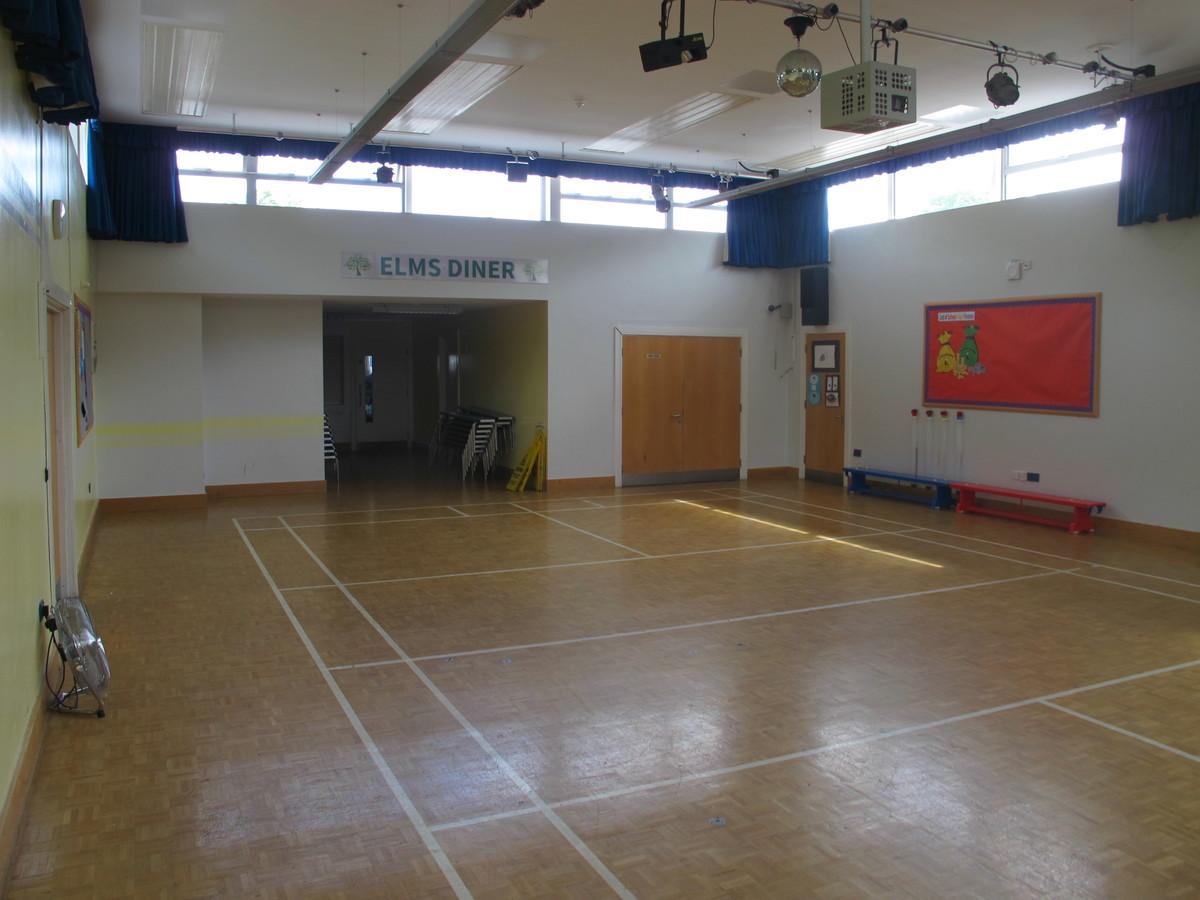 Main Hall - Elms School - Kent - 4 - SchoolHire