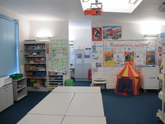 Classrooms - Secondary - Elms School - Kent - 2 - SchoolHire