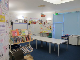 Classrooms - Secondary - Elms School - Kent - 3 - SchoolHire