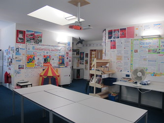 Classrooms - Secondary - Elms School - Kent - 4 - SchoolHire