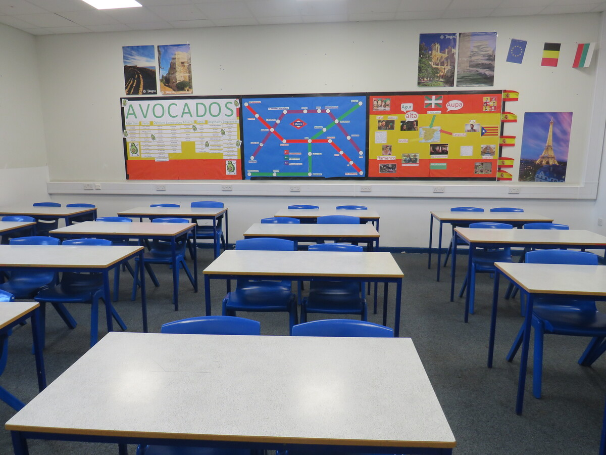 Classrooms - St Wilfrid's Catholic High School & Sixth Form College - West Yorkshire - 4 - SchoolHire