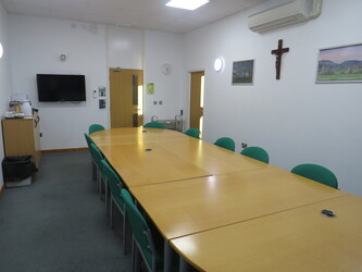 Conference Room - St Wilfrid's Catholic High School & Sixth Form College - West Yorkshire - 4 - SchoolHire