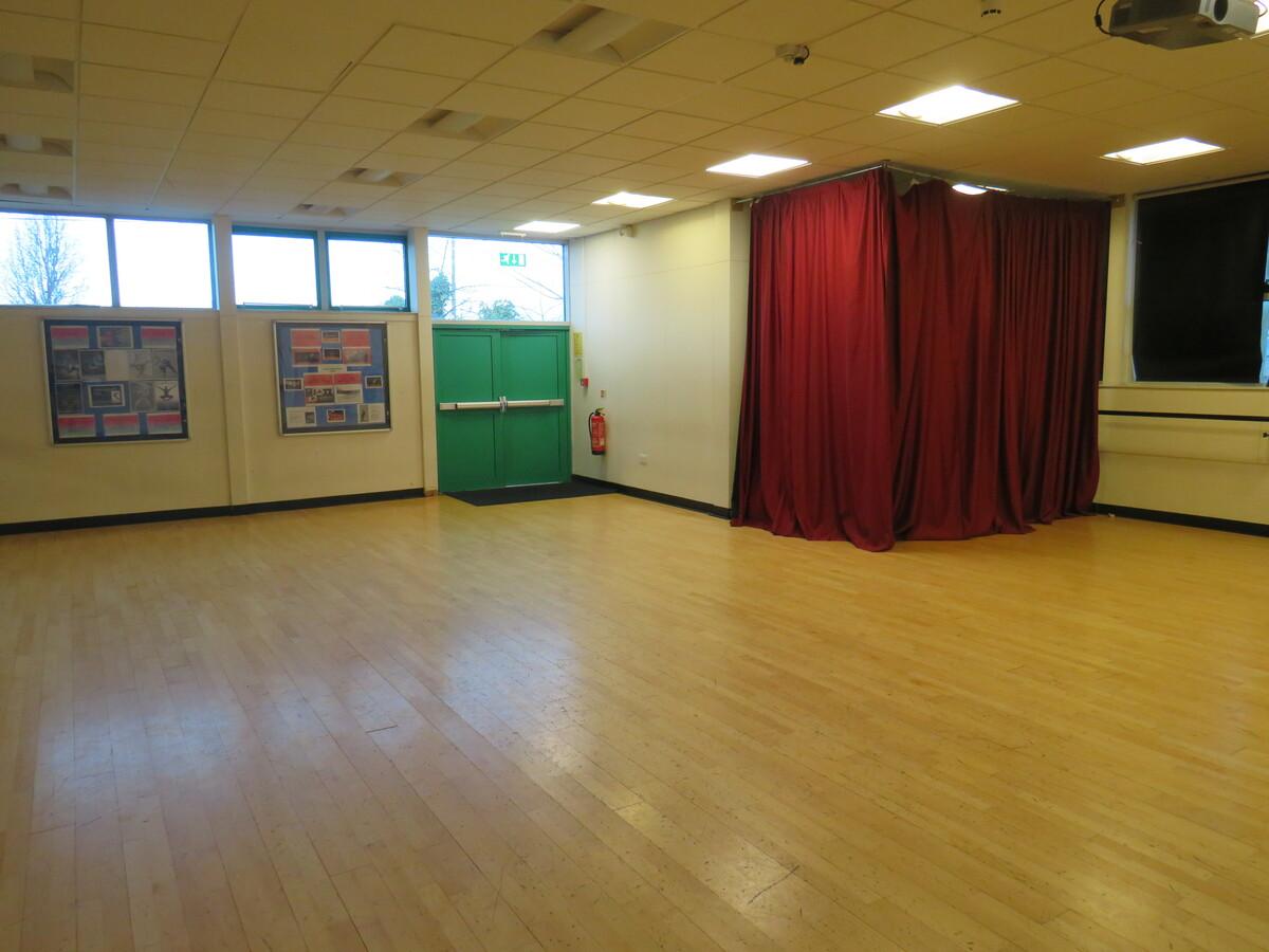 Dance Studio - St Wilfrid's Catholic High School & Sixth Form College - West Yorkshire - 2 - SchoolHire