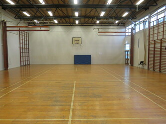 Gymnasium - St Wilfrid's Catholic High School & Sixth Form College - West Yorkshire - 2 - SchoolHire