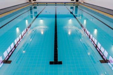 Swimming Pool - St Wilfrid's Catholic High School & Sixth Form College - West Yorkshire - 2 - SchoolHire