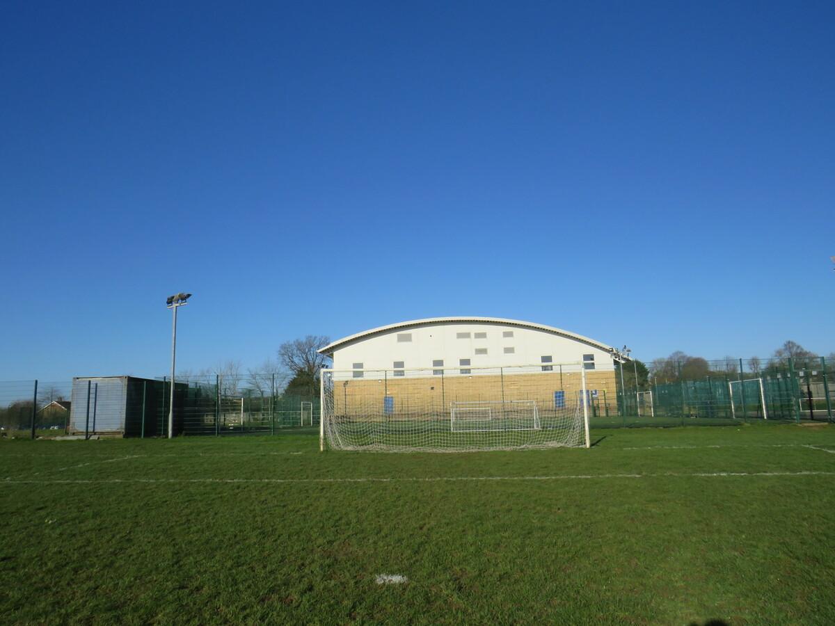 Grass Pitches - Longdean Sports Centre - Hertfordshire - 1 - SchoolHire