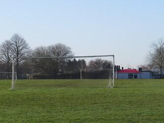 Grass Pitches - Longdean Sports Centre - Hertfordshire - 4 - SchoolHire