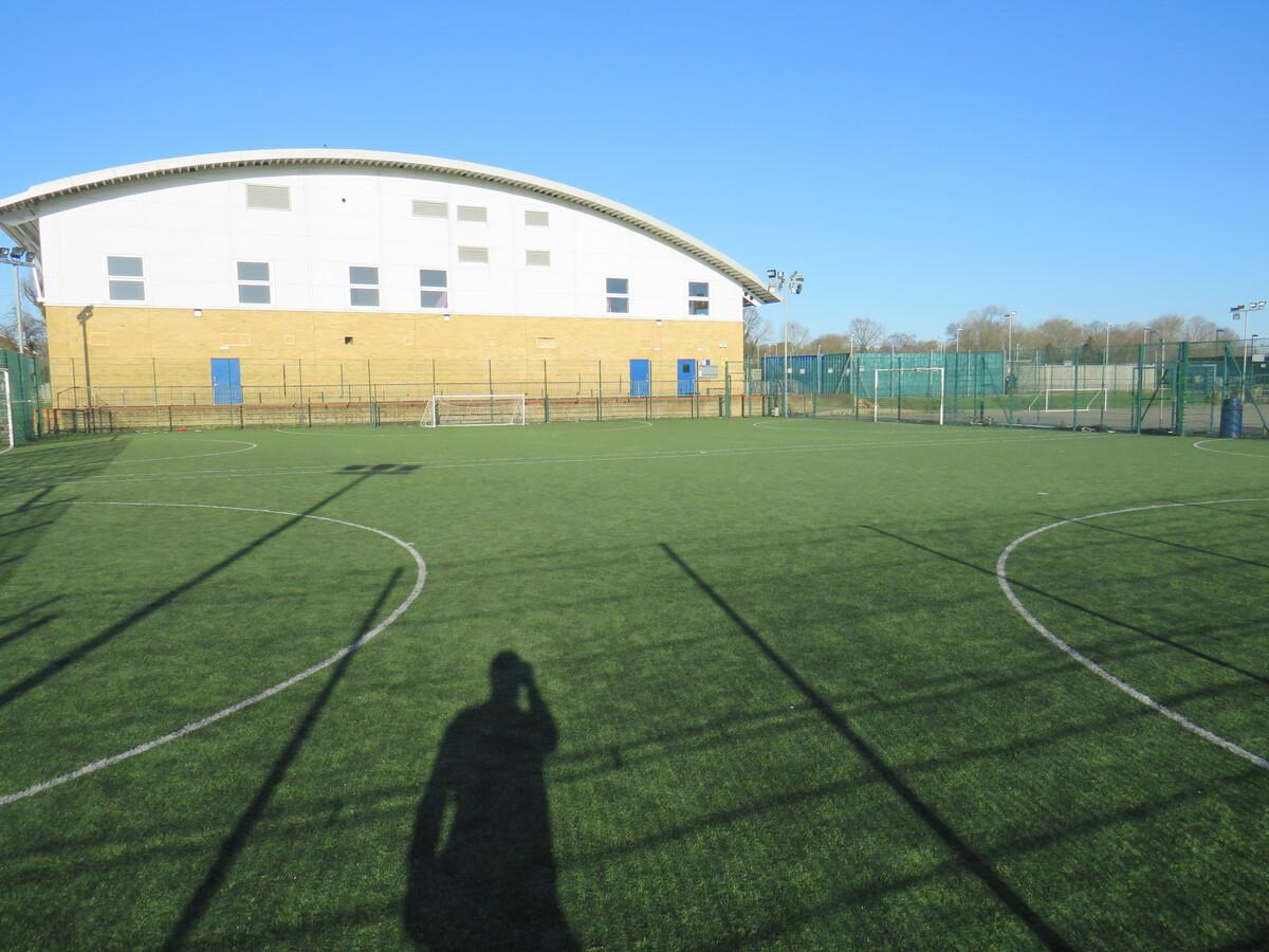 3G Astro Turf Pitch - Longdean Sports Centre - Hertfordshire - 4 - SchoolHire