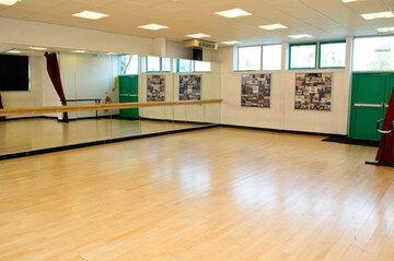 Dance Studio - St Wilfrid's Catholic High School & Sixth Form College - West Yorkshire - 1 - SchoolHire