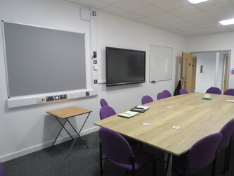 Conference Room - The Deanery CE Academy - Swindon - 3 - SchoolHire