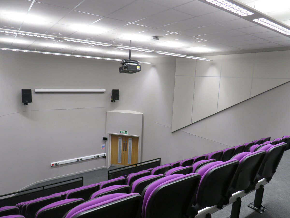 Egg Lecture Theatre - The Deanery CE Academy - Swindon - 2 - SchoolHire