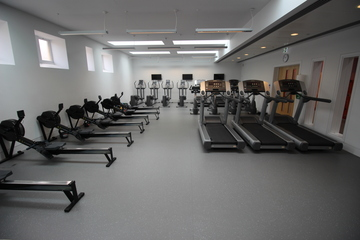 Fitness Suite - SLS @ The Godolphin and Latymer School - Hammersmith and Fulham - 3 - SchoolHire