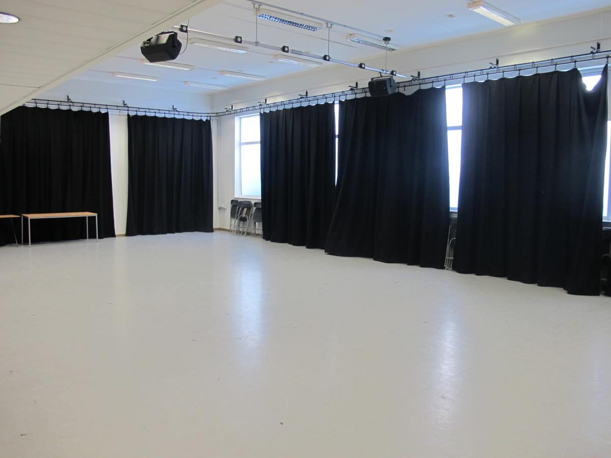 Dance Studio - Haringey Sixth Form College - Haringey - 3 - SchoolHire